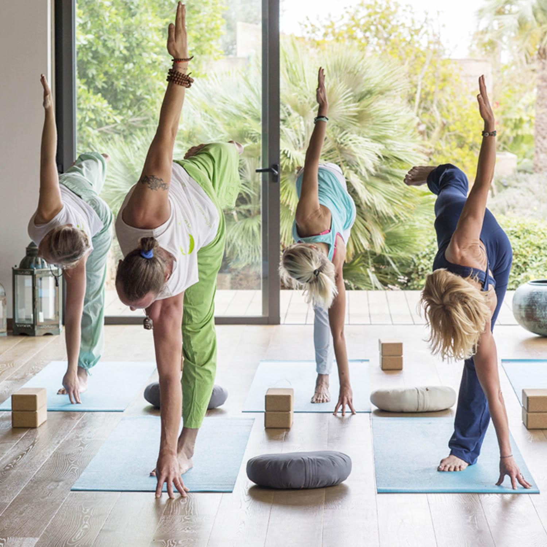 yoga-class-mallorca copia